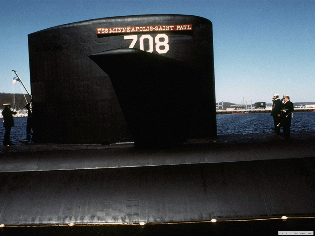 USS Minneapolis-St Paul (SSN-708)-2